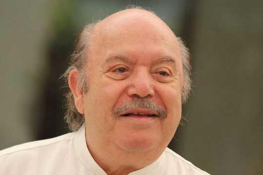 Lino Banfi camicia bianca