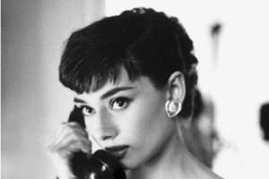 Audrey Hepburn telefono