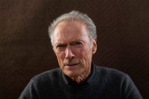 Clint Eastwood serio