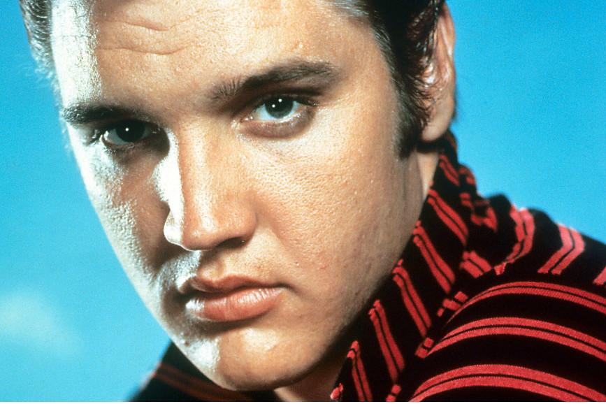 Elvis Presley primo piano
