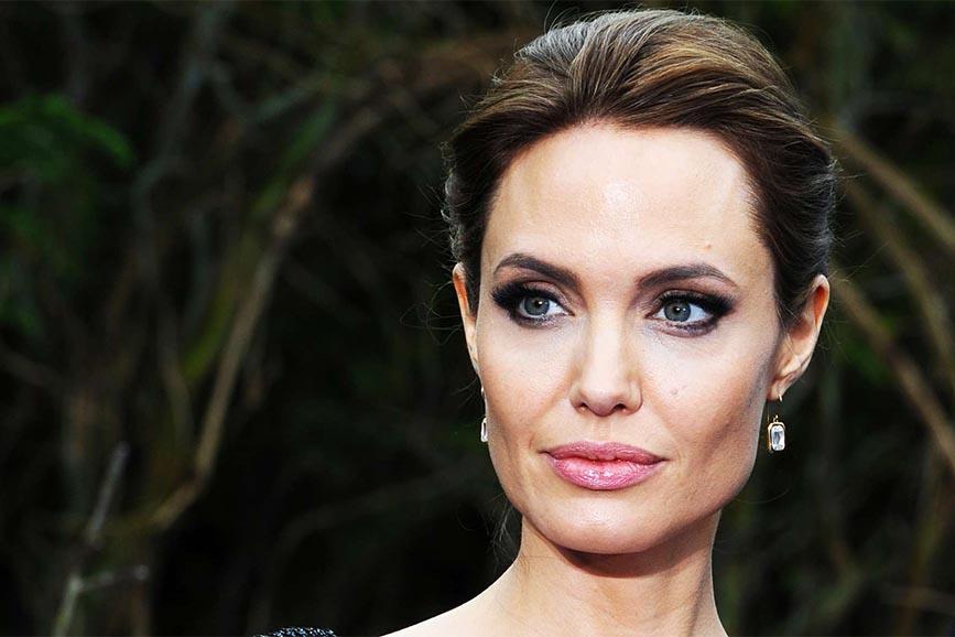 Angelina Jolie di nuovo alla regia per un biopic