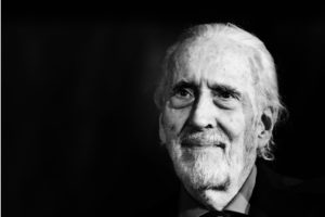 Christopher Lee sfondo nero