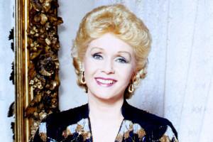 Debbie Reynolds bionda
