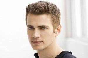 Hayden Christensen capelli corti