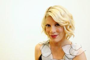 Tori Spelling bionda
