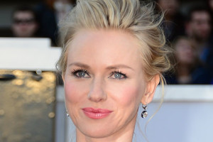Naomi Watts red carpet