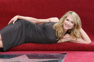 Holly Hunter divano