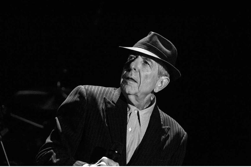 Leonard Cohen: l'omaggio di Kate McKinnon