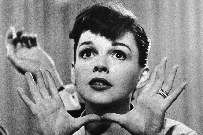 Judy Garland primo piano