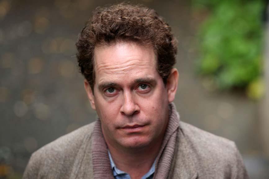 Tom Hollander attore