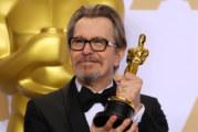 Il Camaleonte di Hollywood vince l'Oscar come Miglior attore protagonista