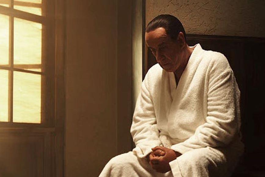 Loro 2 Berlusconi Servillo