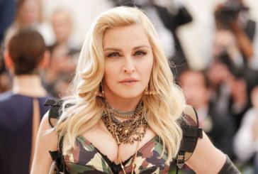 """Madonna sarà la regista di """"Taking Flight"""""""
