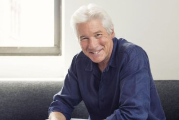 "Richard Gere torna in TV con ""MotherFatherSon"""