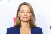 """Jodie Foster alla regia del remake de """"La donna elettrica"""""""