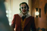 """Box office Italia: Joker """"seppellisce"""" i concorrenti con una risata"""