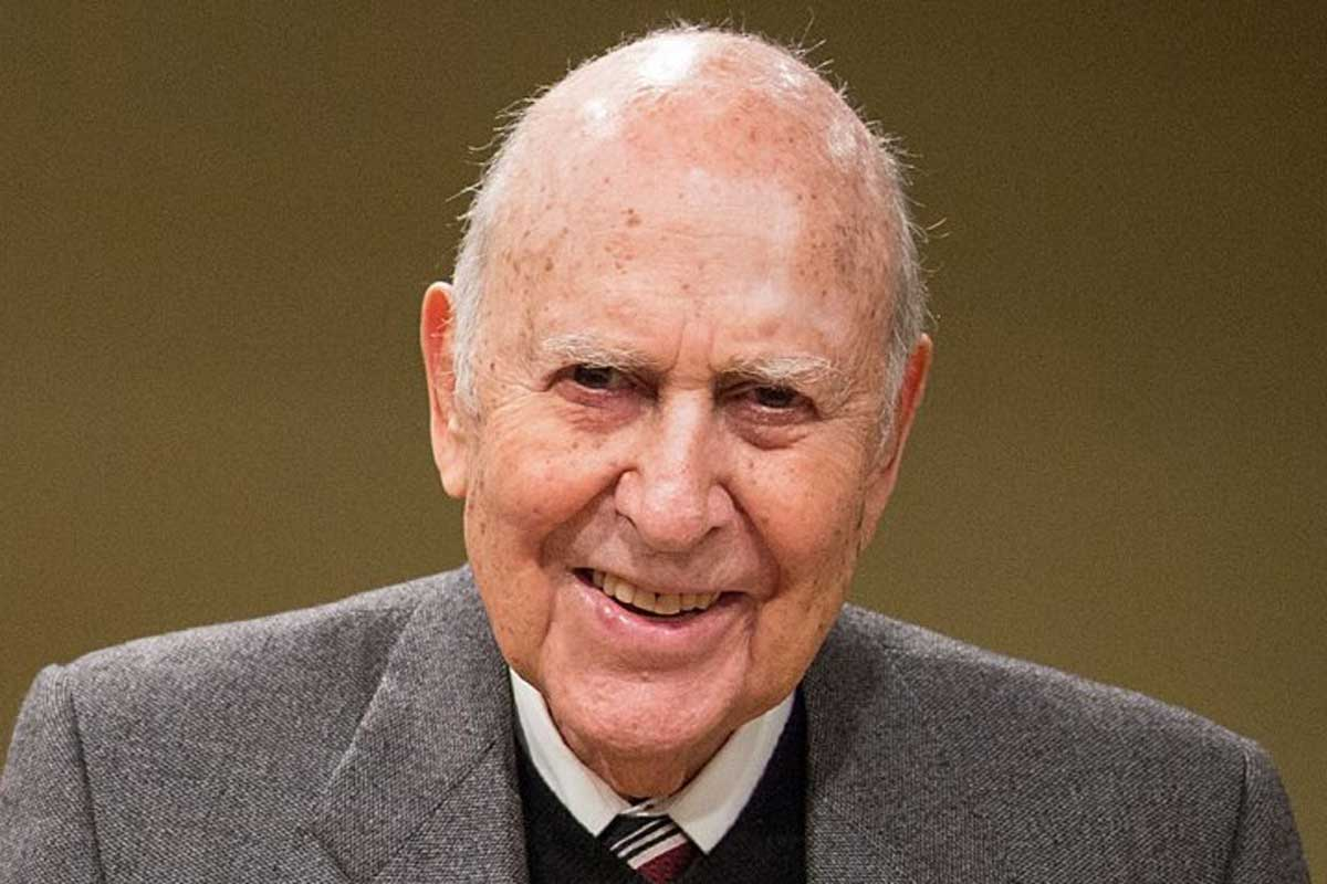 Carl Reiner, leggenda della commedia americana, si è spento a 98 anni
