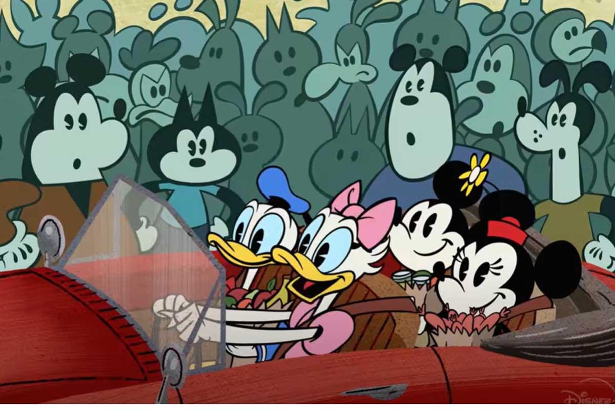 Topolino spegne 92 candeline e la Disney festeggia