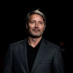 """Mads Mikkelsen e il regista Anders Thomas Jensen su """"Riders of Justice"""""""