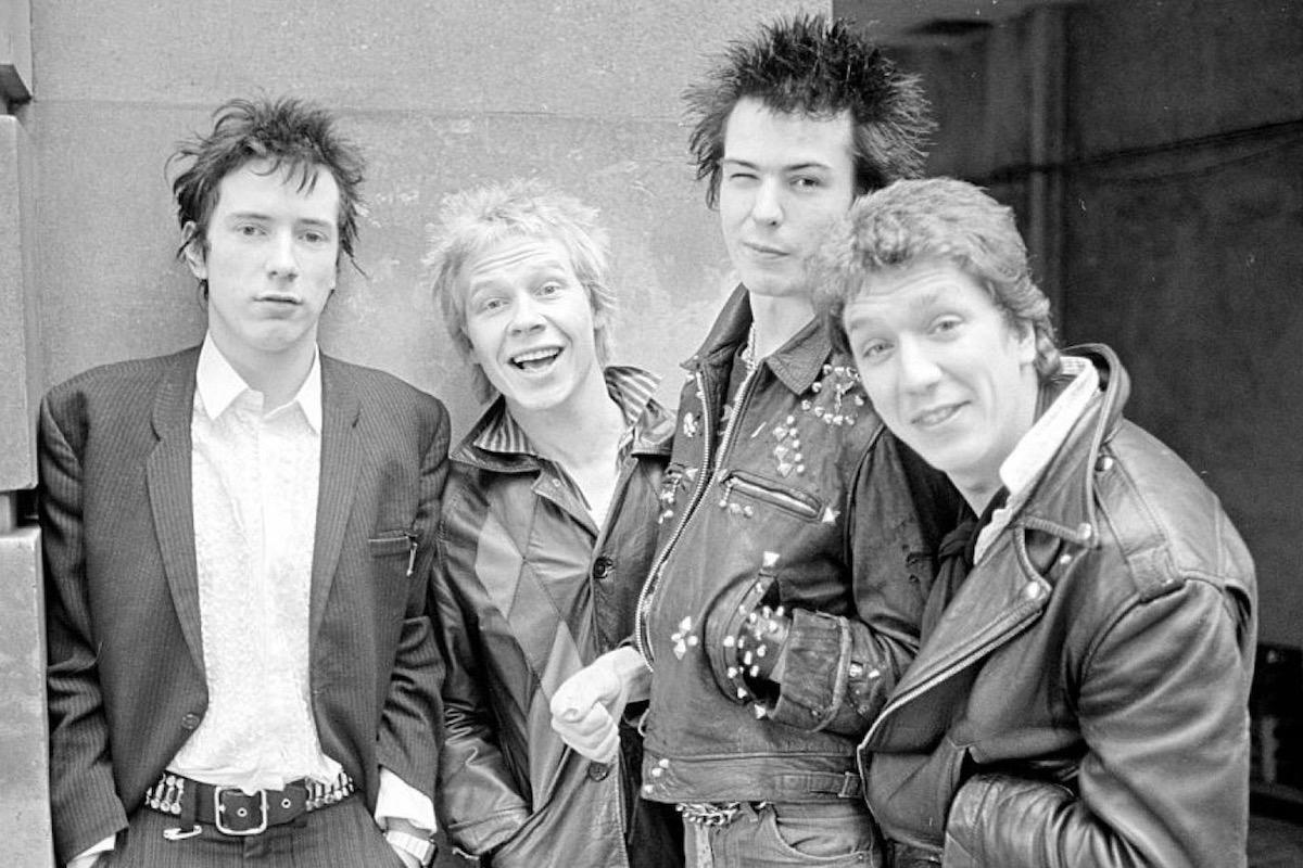 Sex Pistols - Maisie Williams