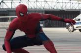 Tom Holland presenta nuova attrazione di Disneyland dedicata a Spider-Man