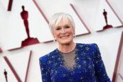 Oscar party annullati: Glenn Close, Maria Bakalova e Amanda Seyfried  cenano alla Sunset Tower