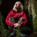 """Il romazo di Suzanne Simard, """"Finding the Mother Tree"""", diventerà un film"""