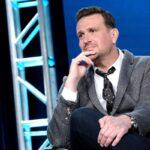 "Jason Segel, Lily Collins e Jesse Plemons reciteranno nel thriller hitchcockiano di Netflix ""Windfall"""